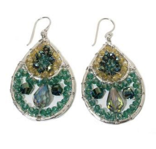 HANDCRAFTED CRYSTAL EARRING - BOUTIQUE ANANDA CHICAGO, CHICAGO - Handcrafted silver plated earrings with Czech crystals