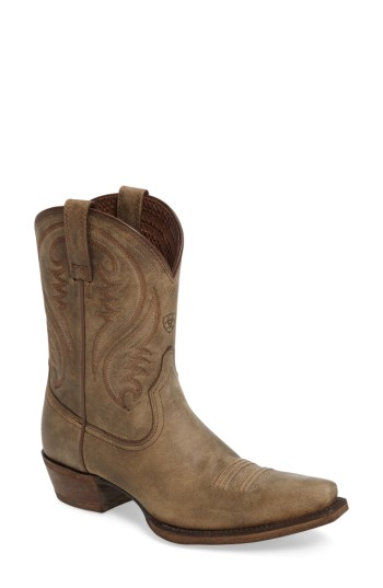 Women's Ariat Willow Western Boot. At home on the range or out on the town, these flame-stitched Western boots add a bit of cowgirl sass to your ensemble. Bonus: They're extremely comfortable to wear