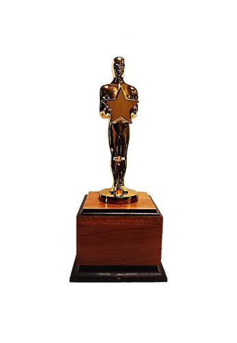 Oscar Fashion Past – Quiz